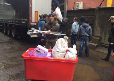 lorry-unloading-03